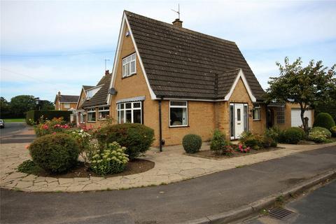 3 bedroom detached bungalow for sale - Orchard Croft, Cottingham, East Riding of Yorkshire