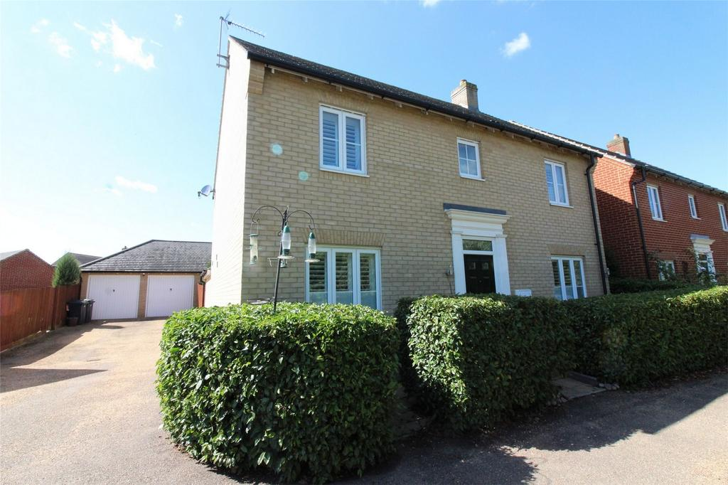 4 Bedrooms Detached House for sale in Prince Edward Way, Stotfold, Hitchin, Hertfordshire