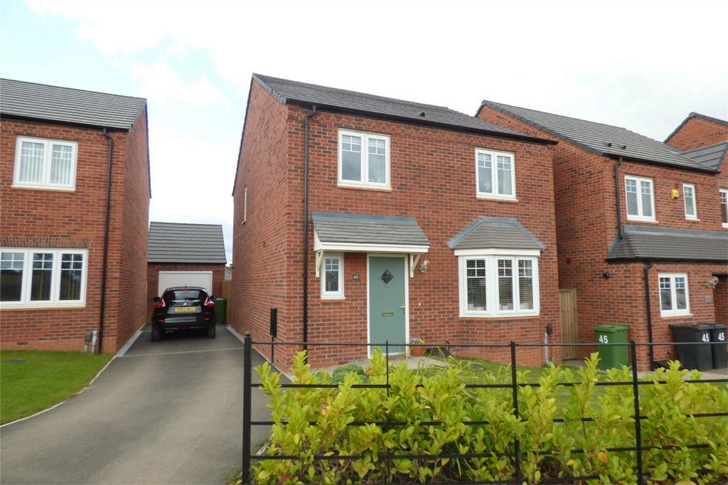4 Bedrooms Detached House for sale in Greendale Road, Royal Park, Nuneaton, Warwickshire