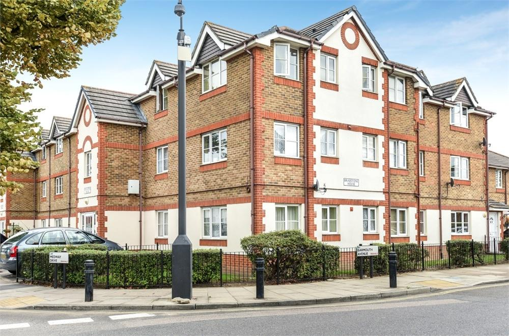 2 Bedrooms Flat for sale in Brabstone House, Medway Drive, Perivale, Greenford, Greater London