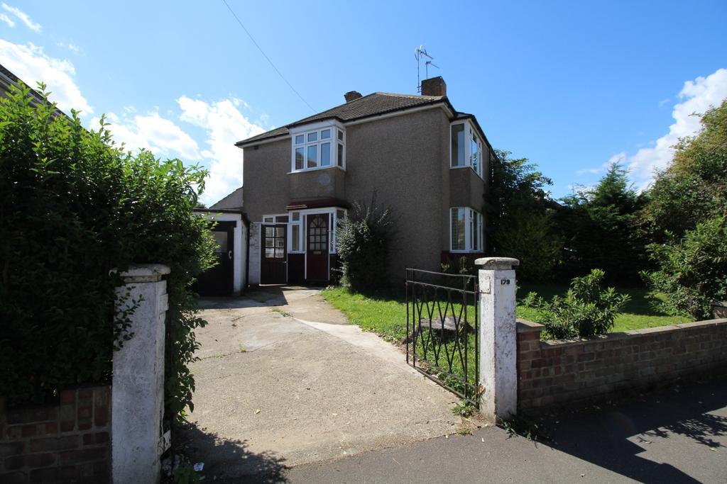 3 Bedrooms Semi Detached House for sale in Wilmot Road Dartford DA1