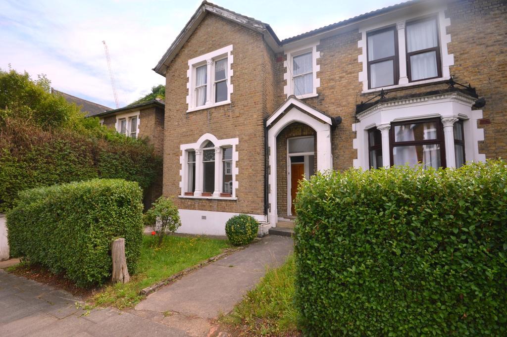 1 Bedroom Flat for sale in Westdown Road Catford SE6