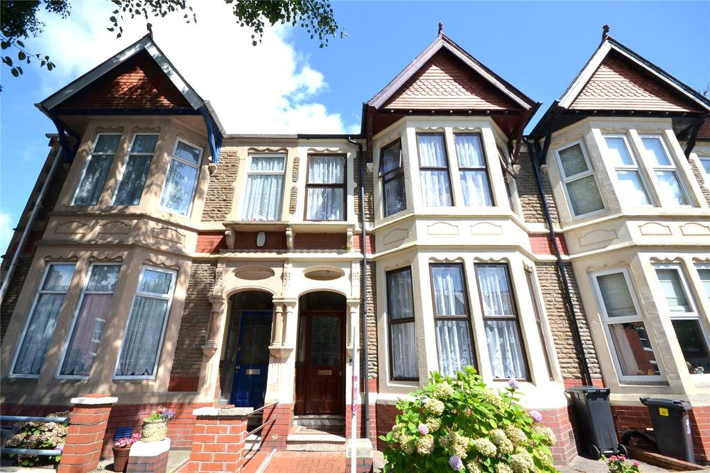 4 Bedrooms Terraced House for sale in Kimberley Road, Penylan, Cardiff, CF23