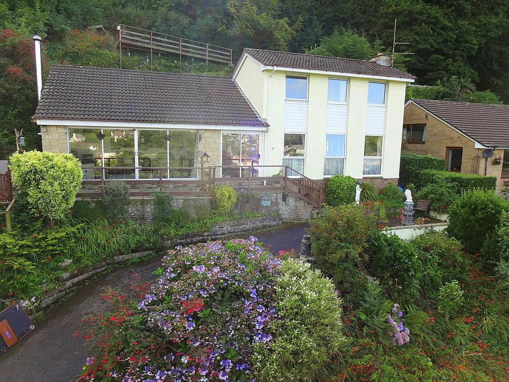 4 Bedrooms Detached House for sale in Cairnside, Ilfracombe
