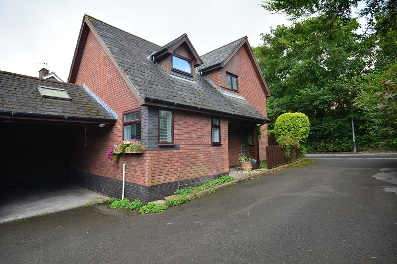 3 Bedrooms Detached House for sale in Ty Coch Court, Greenway Road, Rumney, Cardiff. CF3