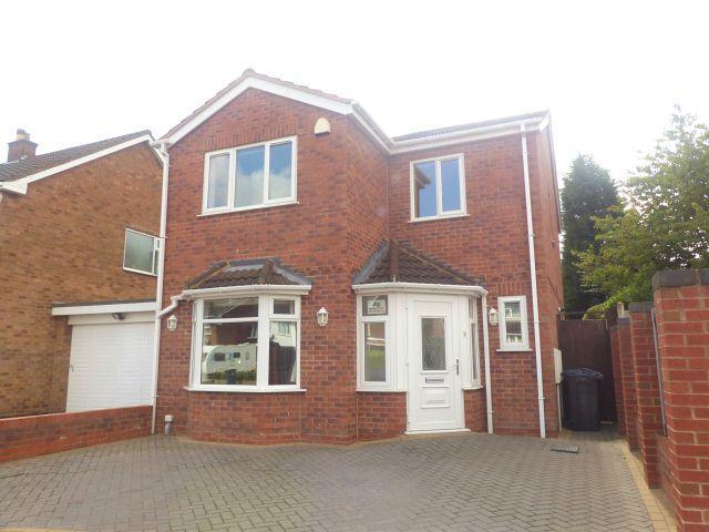 3 Bedrooms Detached House for sale in Marlpit Lane,Four Oaks,Sutton Coldfield