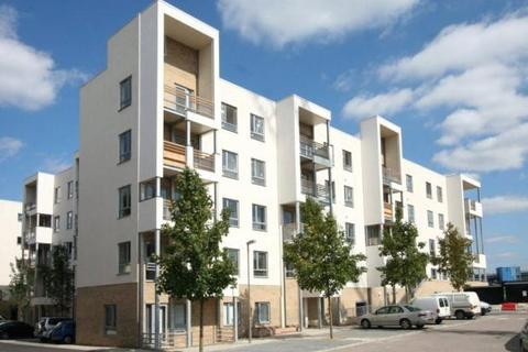 2 bedroom apartment to rent - Glenalmond Avenue, Cambridge, Cambridgeshire