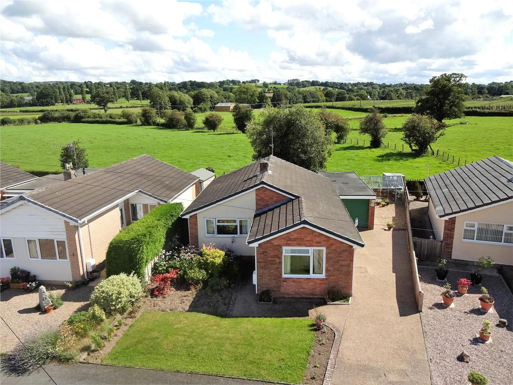 3 Bedrooms Detached Bungalow for sale in Oldcastle Avenue, Guilsfield, Welshpool, Powys