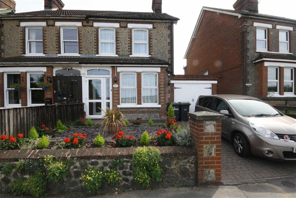3 Bedrooms Semi Detached House for sale in Kent