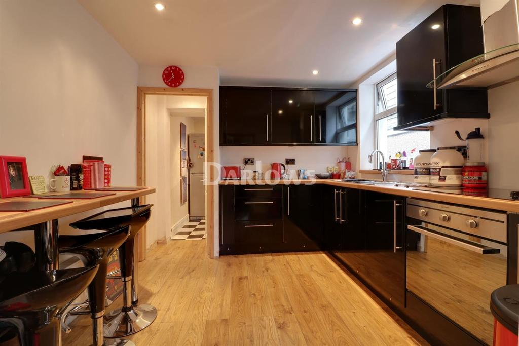 3 Bedrooms Terraced House for sale in Graigwen Rd, Porth