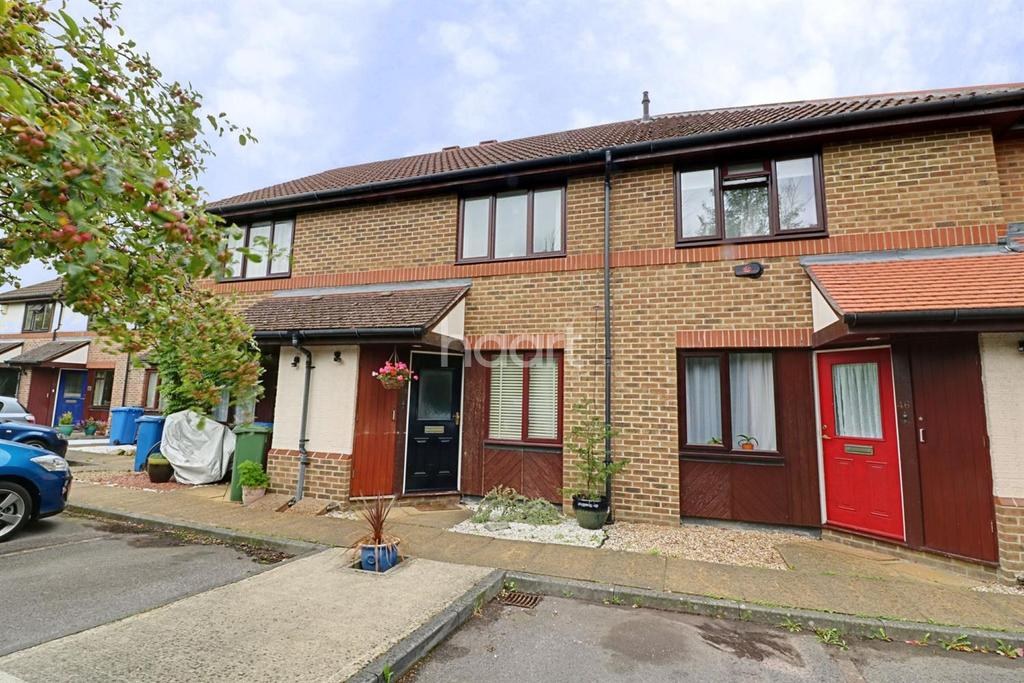 2 Bedrooms Terraced House for sale in All Saints Rise, Warfield