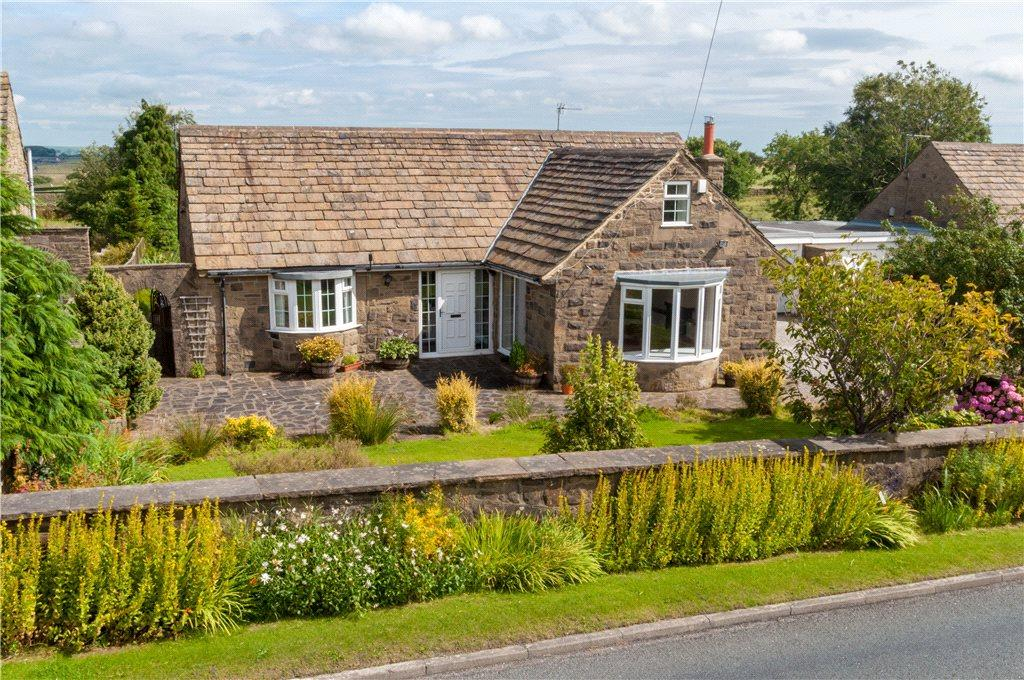 4 Bedrooms Detached House for sale in Inn View, Thruscross, Harrogate, North Yorkshire