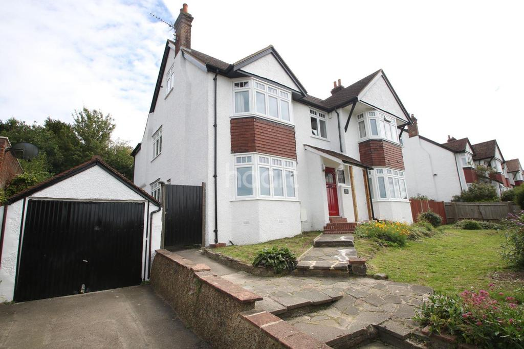 6 Bedrooms Detached House for sale in Fairdene Road, Coulsdon, CR5