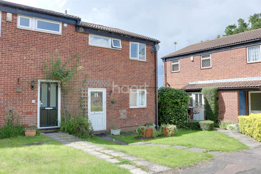 3 Bedrooms End Of Terrace House for sale in Neagle Close, Borehamwood