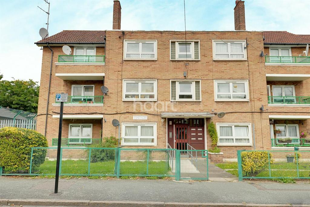 2 Bedrooms Flat for sale in Chesterford Road, Manor Park