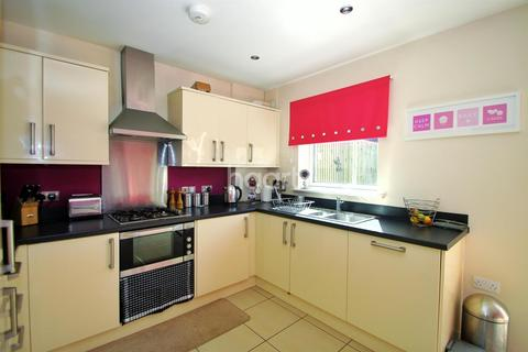 4 bedroom house to rent - Brunell Close, Maidstone