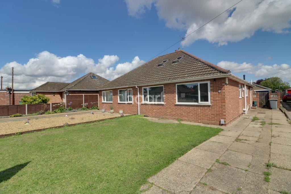 3 Bedrooms Bungalow for sale in Thornham Road