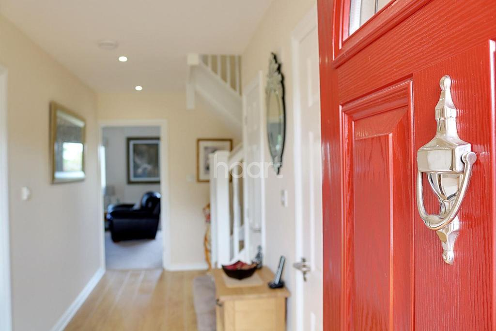 4 Bedrooms Detached House for sale in Chequers road, Minster on Sea