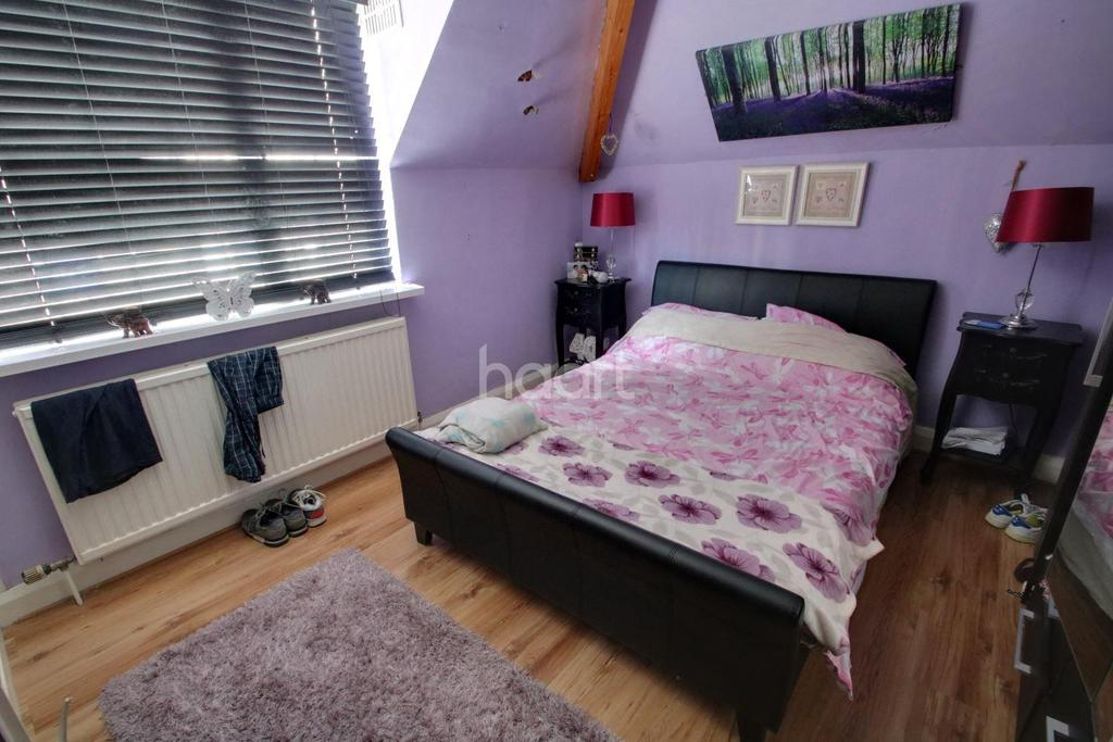 6 Bedrooms Detached House for sale in Upper Church Road