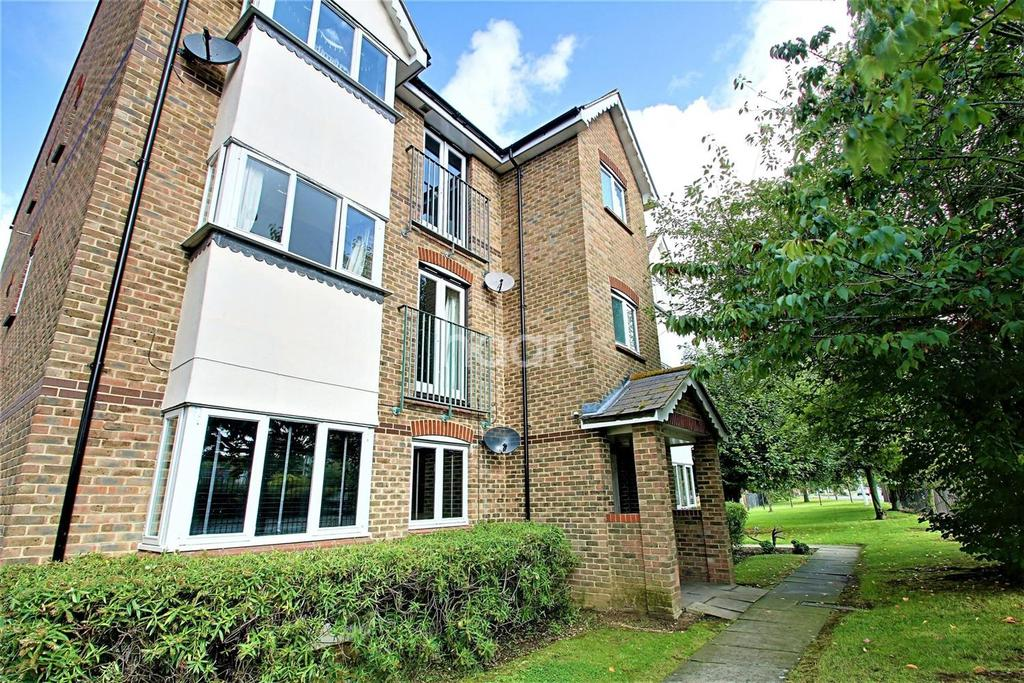 2 Bedrooms Flat for sale in Hallcroft Chase