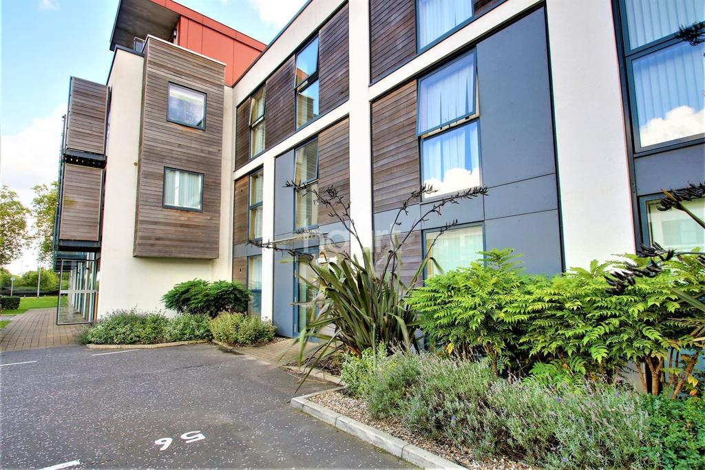 2 Bedrooms Flat for sale in Cavalry Road