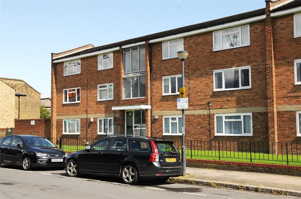 2 Bedrooms Flat for sale in Bellot Street, Greenwich, London, SE10