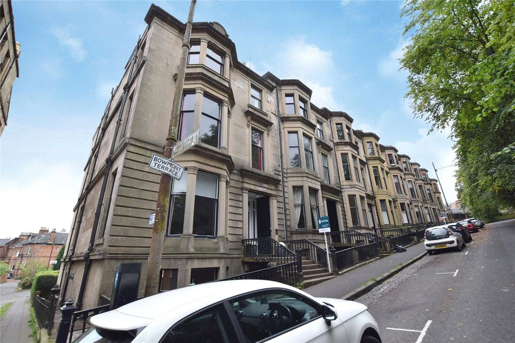 2 Bedrooms Apartment Flat for sale in Top Flat, Bowmont Terrace, Dowanhill, Glasgow
