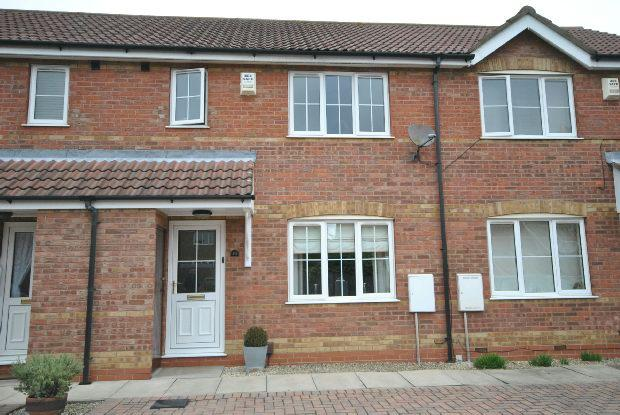 3 Bedrooms Terraced House for sale in Farmhouse Mews, New Waltham