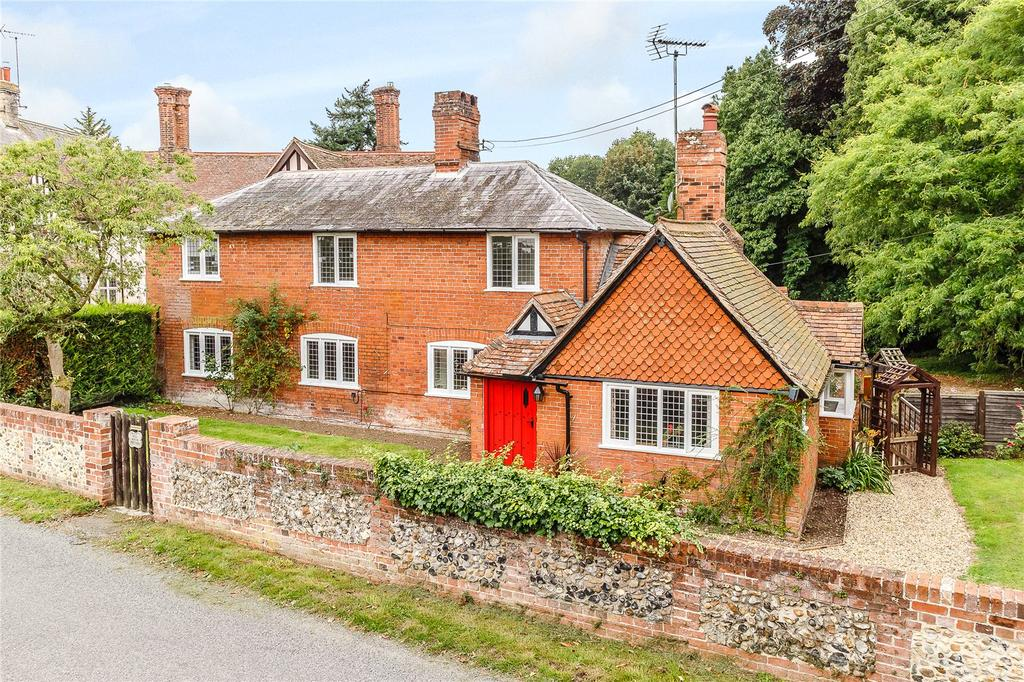 3 Bedrooms Detached House for sale in Hadleigh Road, Higham, Colchester