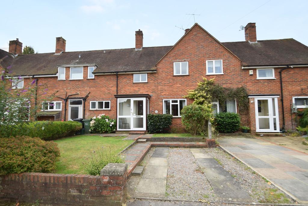 3 Bedrooms Terraced House for sale in Tillingbourne Road, Shalford, Guildford GU4 8ET