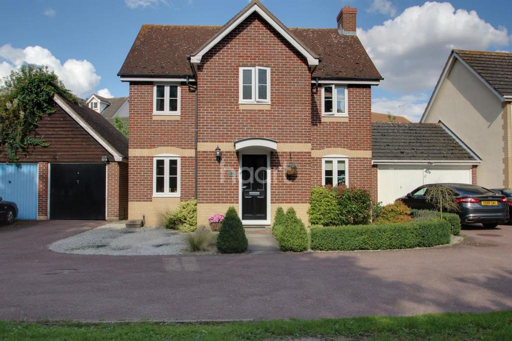 4 Bedrooms Detached House for sale in Guernsey Way, Braintree