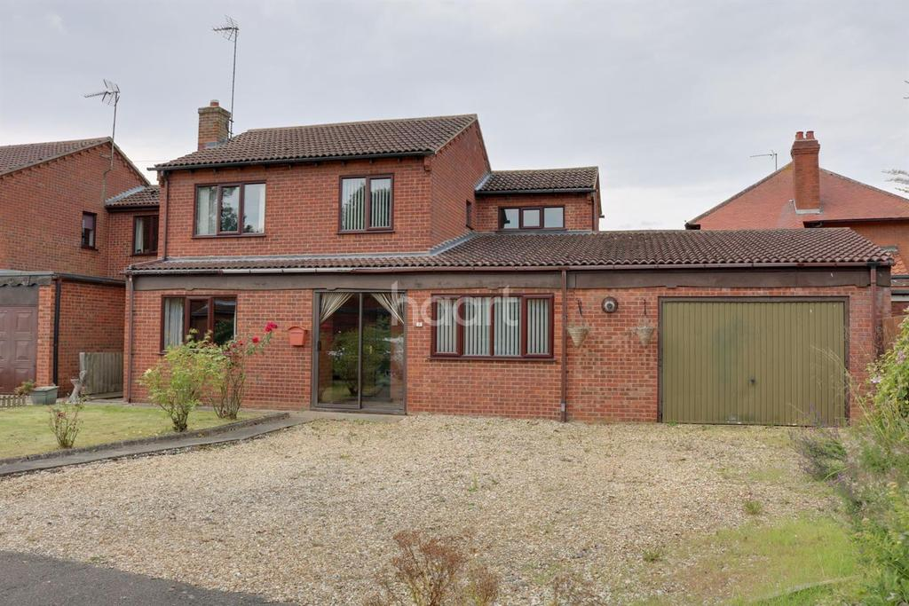 4 Bedrooms Detached House for sale in Knights Close, Leverington
