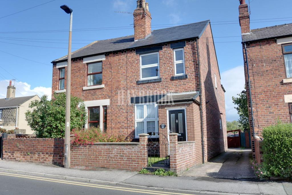 3 Bedrooms Semi Detached House for sale in Church Hill, Royston