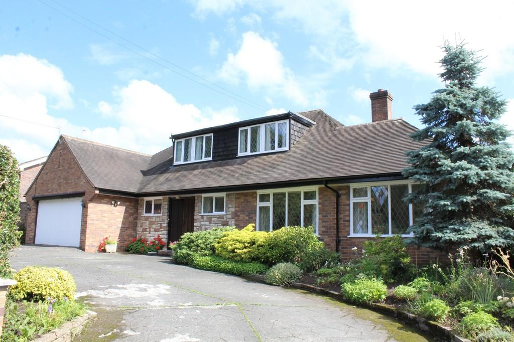 5 Bedrooms Detached Bungalow for sale in Greenfields Lane, Rowton, Chester