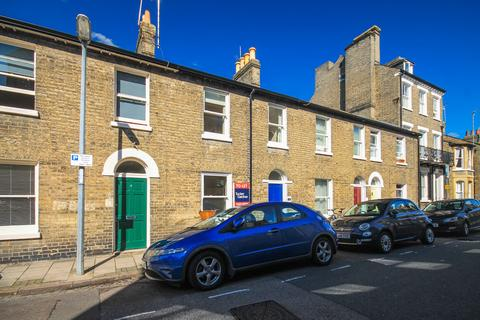 3 bedroom terraced house to rent - Victoria Street, Cambridge