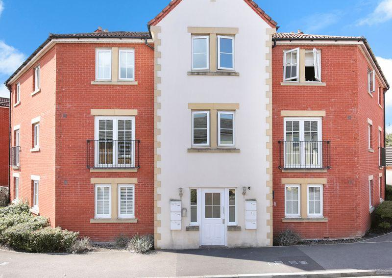 2 Bedrooms Apartment Flat for sale in Garth Road, Hilperton