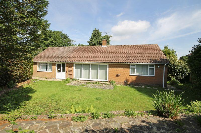 4 Bedrooms Detached Bungalow for sale in Ferndale Road, Burgess Hill, West Sussex