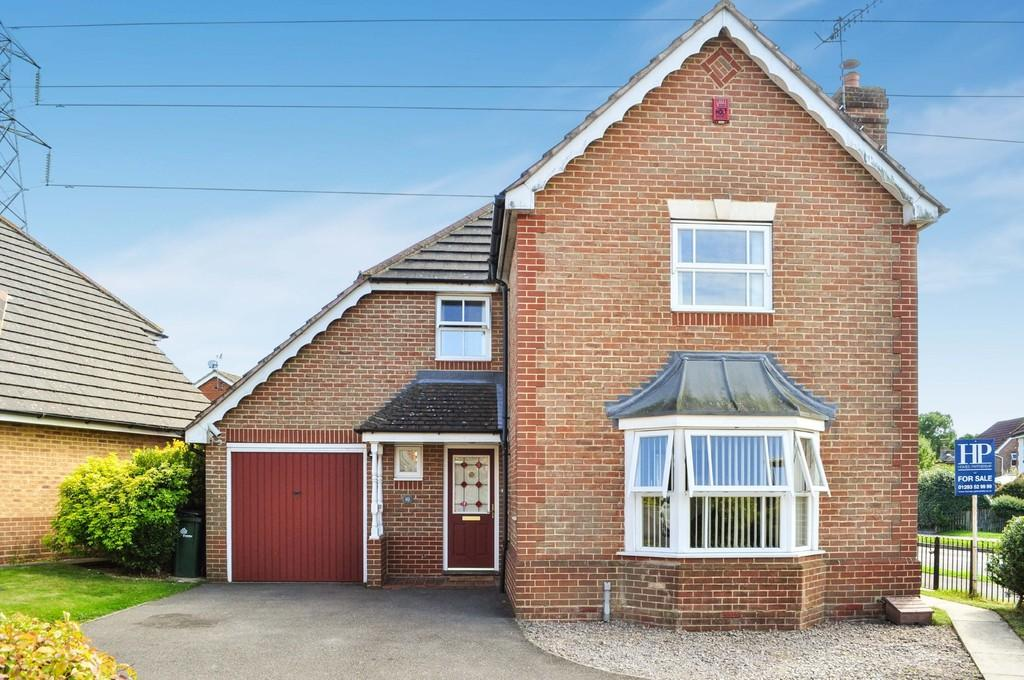 5 Bedrooms Detached House for sale in Purley Close, Maidenbower