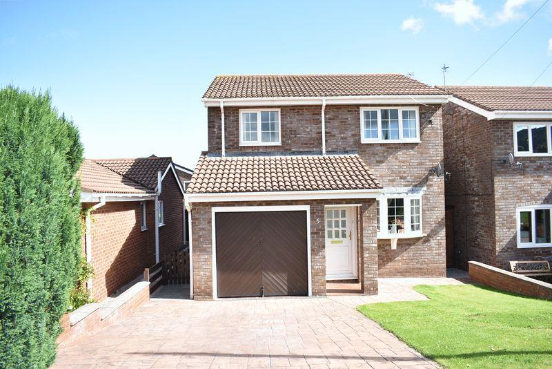 3 Bedrooms Detached House for sale in Erw Goch, Abergele