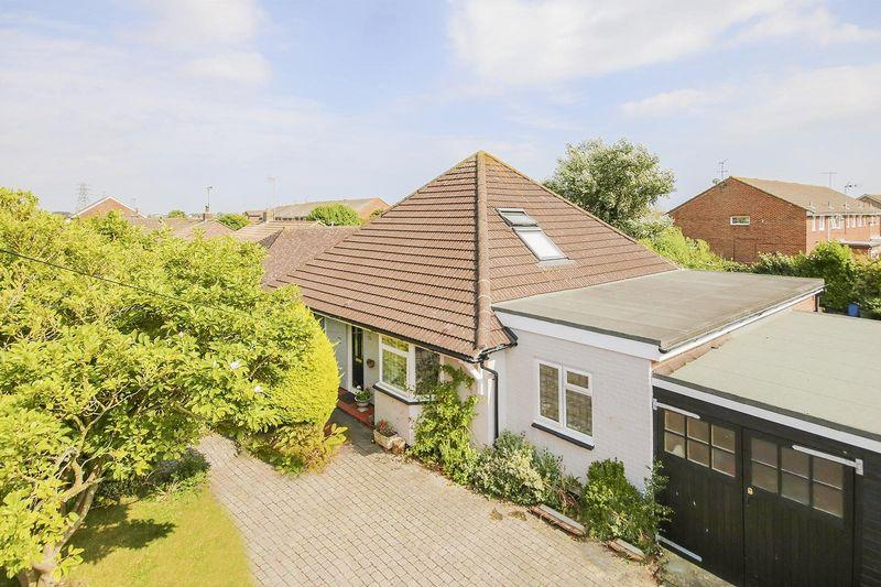 6 Bedrooms Detached Bungalow for sale in East Preston