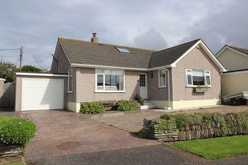 3 Bedrooms Detached Bungalow for sale in Veor Road, Newquay