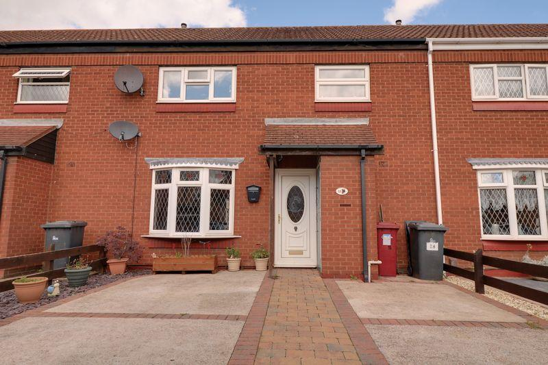 3 Bedrooms Terraced House for sale in Castleton Road, Scunthorpe