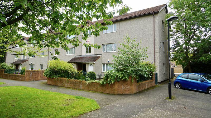 2 Bedrooms Apartment Flat for sale in WEST FARM AVENUE, Longbenton