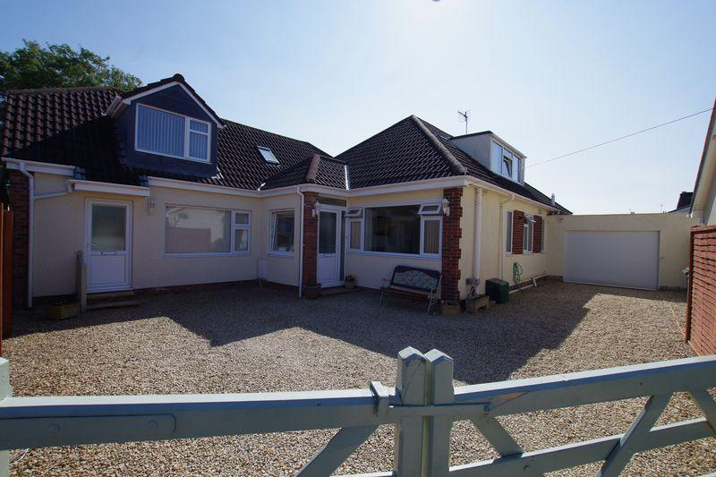 5 Bedrooms Detached Bungalow for sale in UPHILL