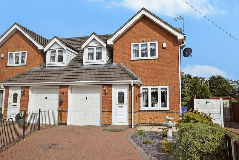 3 Bedrooms Semi Detached House for sale in Montgomery Road, Widnes