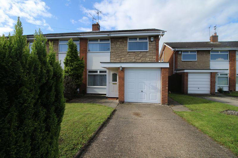 3 Bedrooms Semi Detached House for sale in Winfrith Drive, Spital