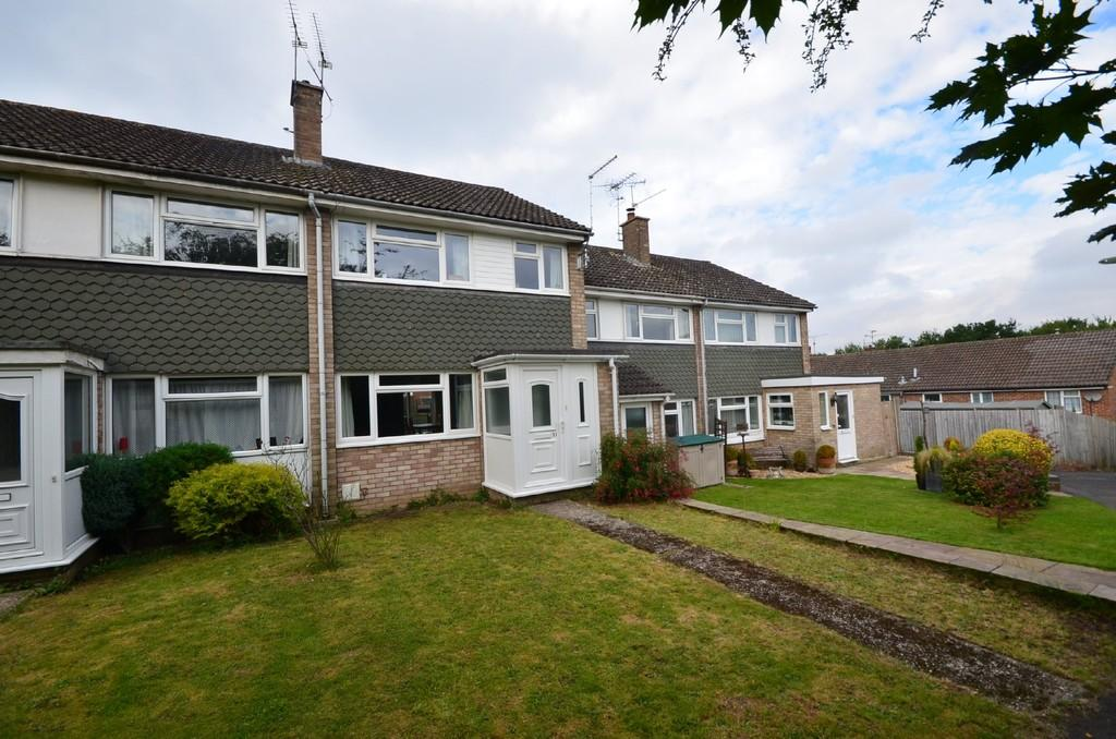 3 Bedrooms Terraced House for sale in Riverdale, Wrecclesham