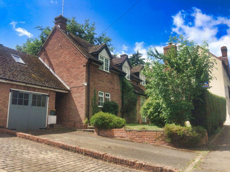 3 Bedrooms Cottage House for sale in Main Street, Church Lench