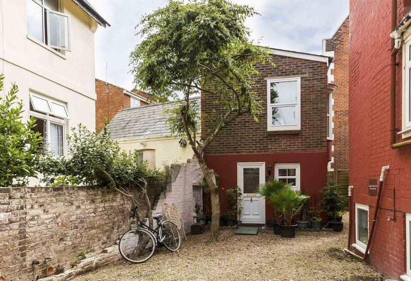 1 Bedroom House for sale in 3-5 Merton Road, Southsea