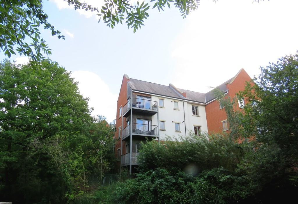 2 Bedrooms Apartment Flat for sale in Shorters Avenue, Kings Heath